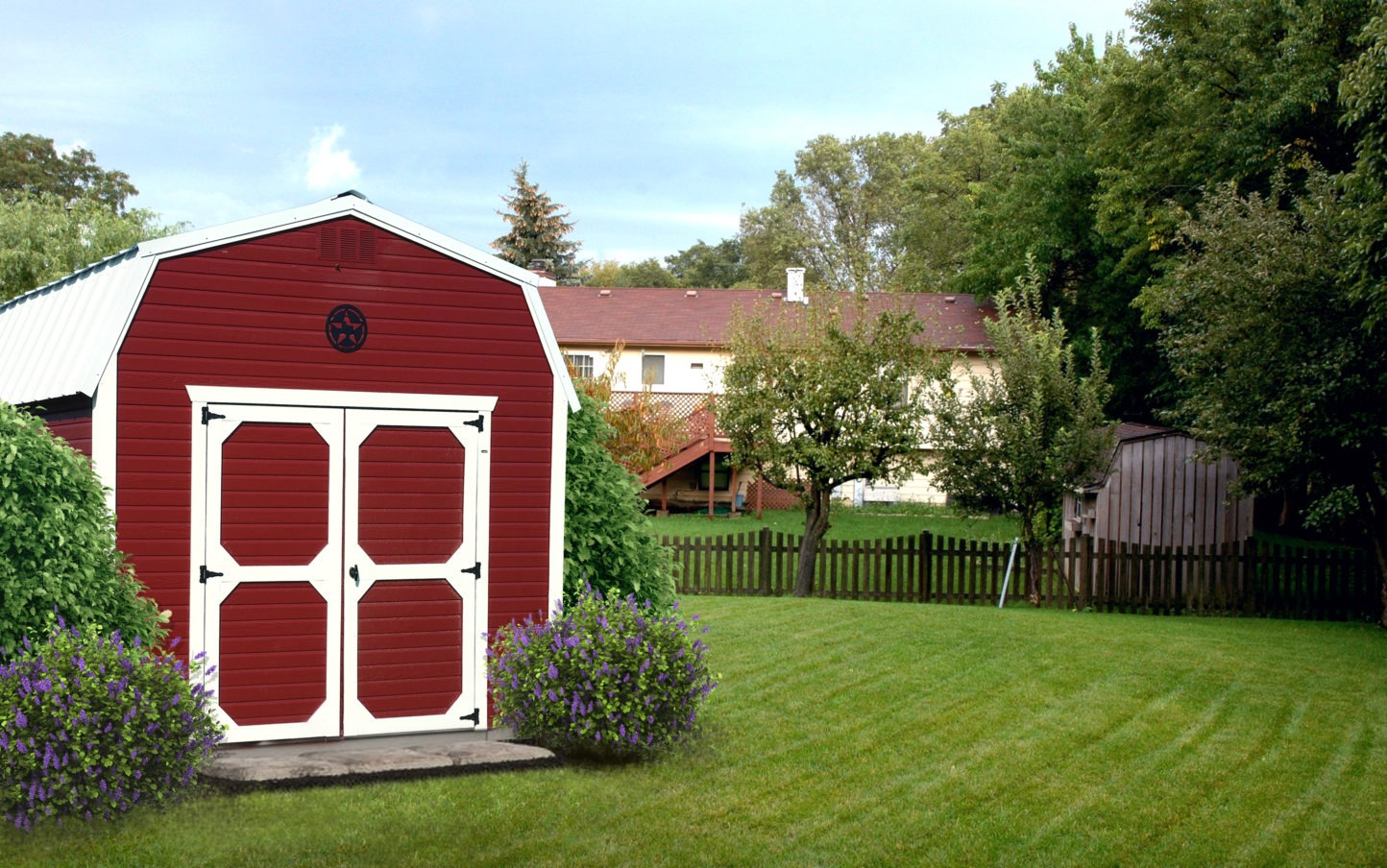 Painted Dutchlap Lofted Barn